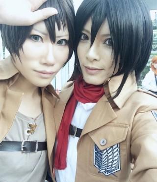 shingeki-no-kyojin-cosplay