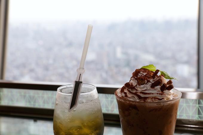 tokyo-skytree-FFVII-remake-cafe-barrett-drink